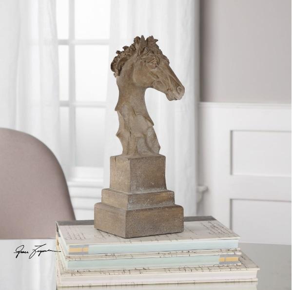 franco-horse-head-sculpture