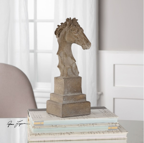 franco-horse-head-sculpture